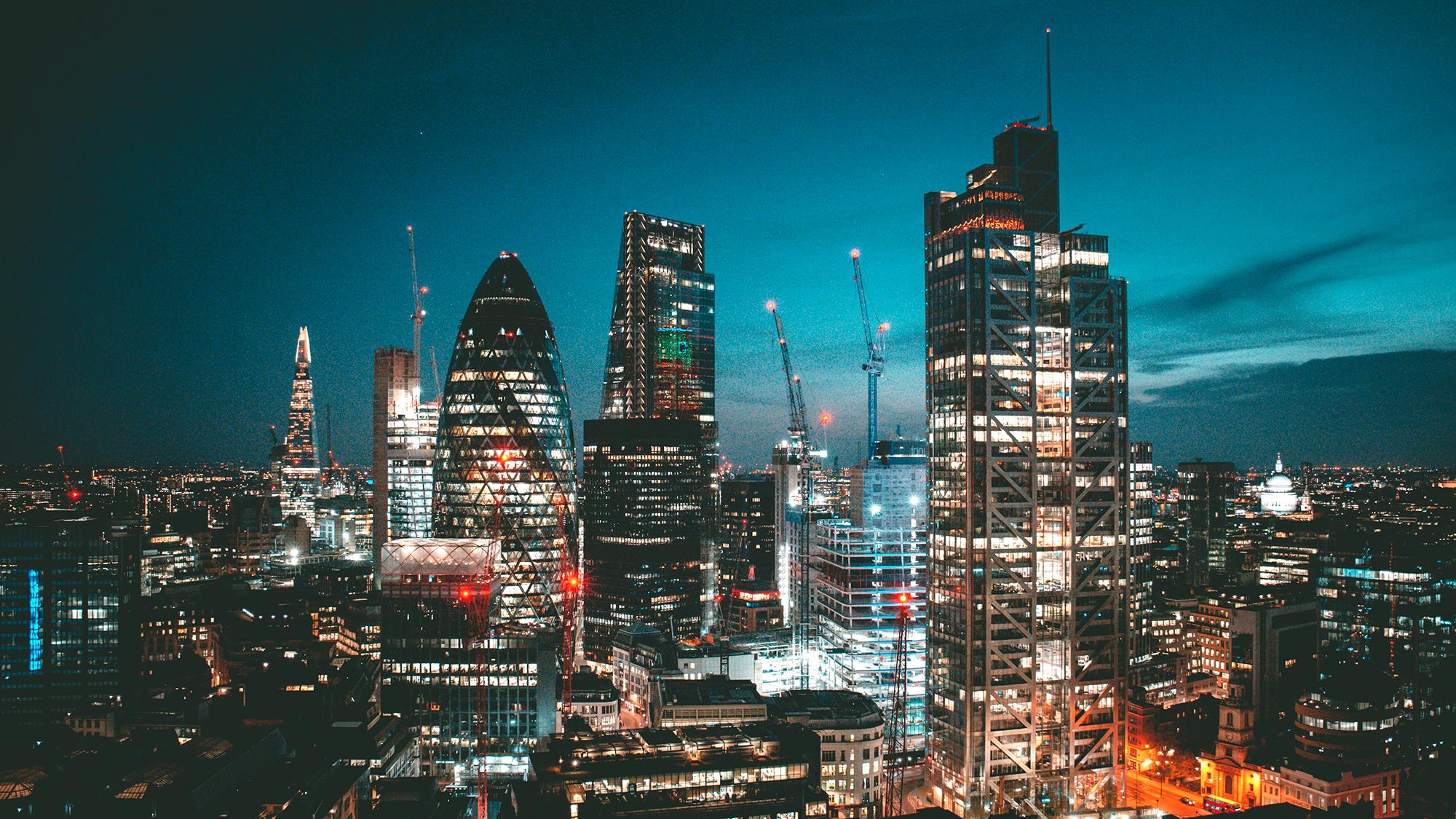London city night skyline